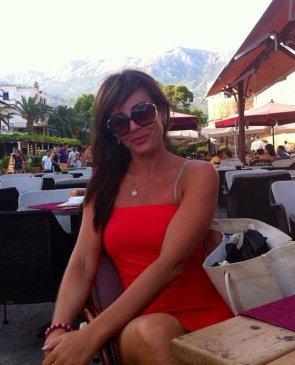 Александра, 33