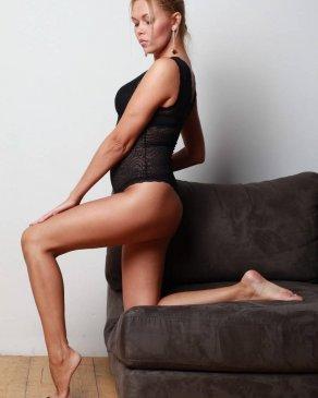 Алсу, 35